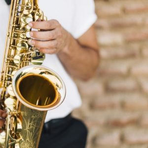 ¿Por qué el saxofón es un instrumento de viento madera?
